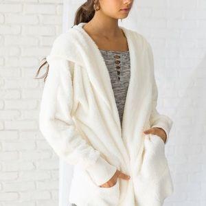 Sweaters - NEW! Faux Fur Soft Cardigan Sweater